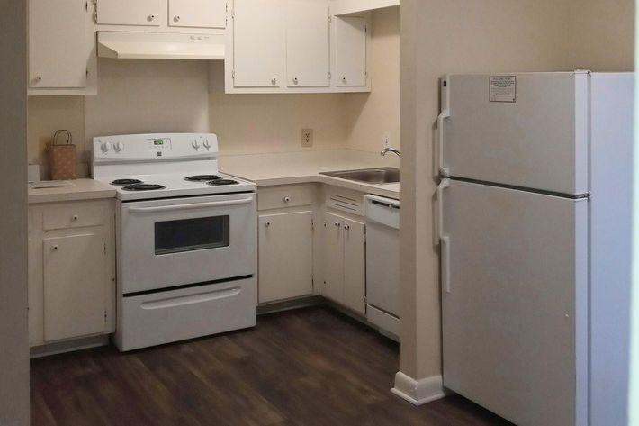 2 BR Townhome Kitchen (4) - Copy.jpg