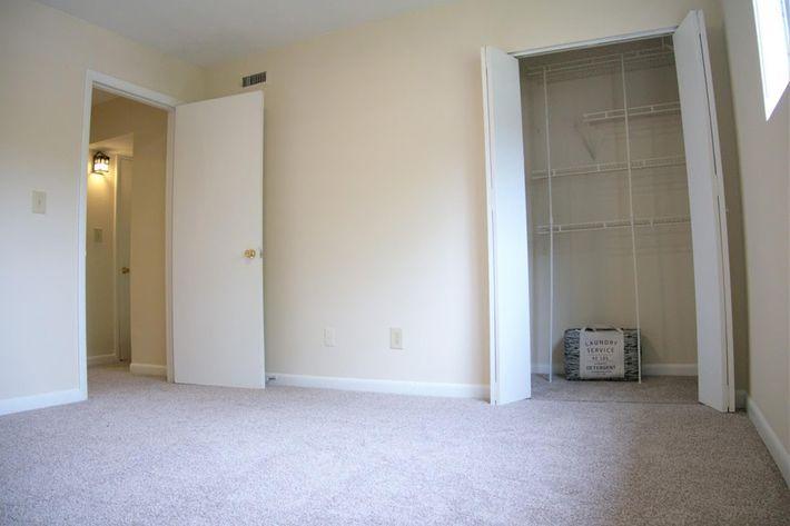 2 BR Townhome Bedroom.jpg