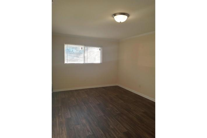 2 BR Townhome Living Room (2).jpg