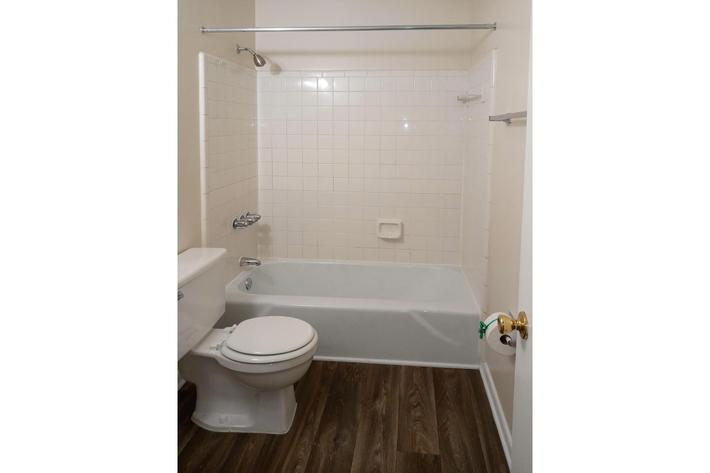 2 BR Townhome Upstairs Bathroom - Copy.jpg