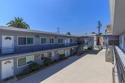 Beautiful apartments in Glendale, CA that have beautiful doorways, windows, and walkways.