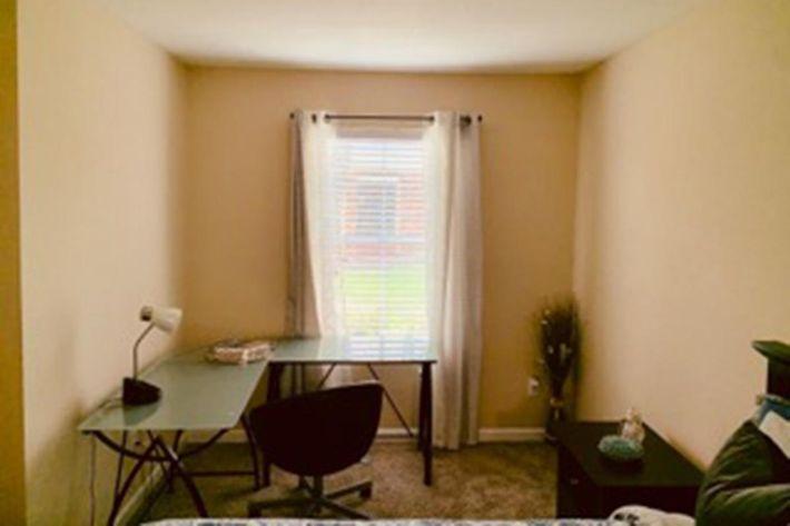 bedroom studio pic.jpg