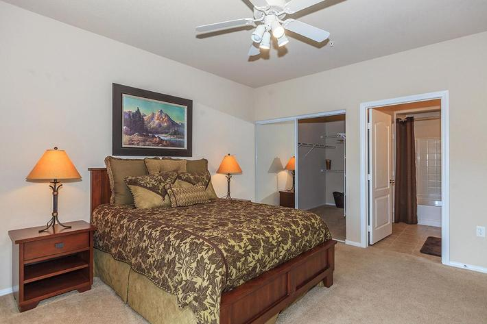 COMFORTABLE BEDROOM AT THE PARAMOUNT APARTMENTS