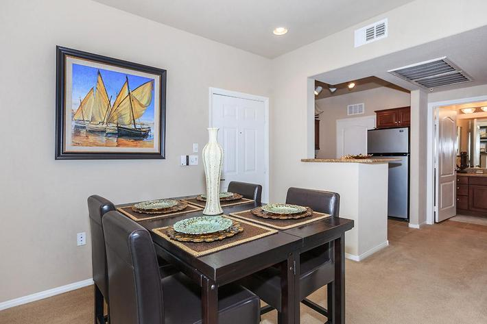 FRIENDS AND FAMILY WILL LOVE THE PARAMOUNT APARTMENTS TOO