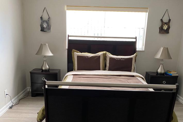 Parc Place Bedroom.jpg