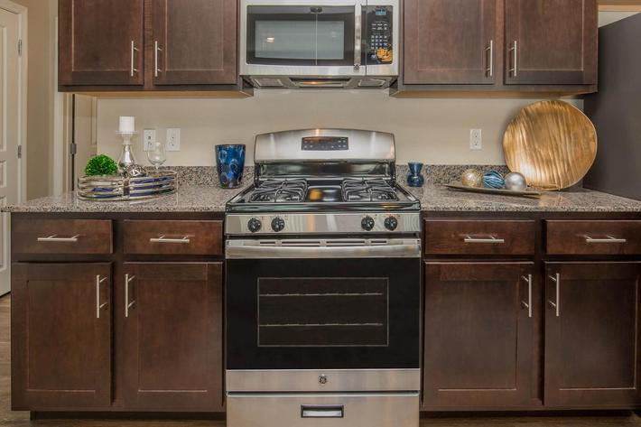 B3 Fully-Equipped Kitchen for Entertaining