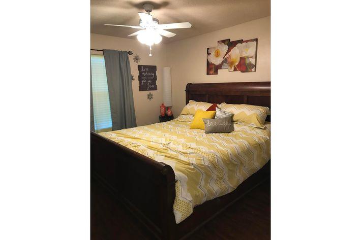 2x1 Bedroom.jpg
