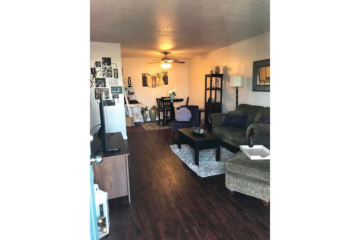 2x1 Livingroom 2.jpg
