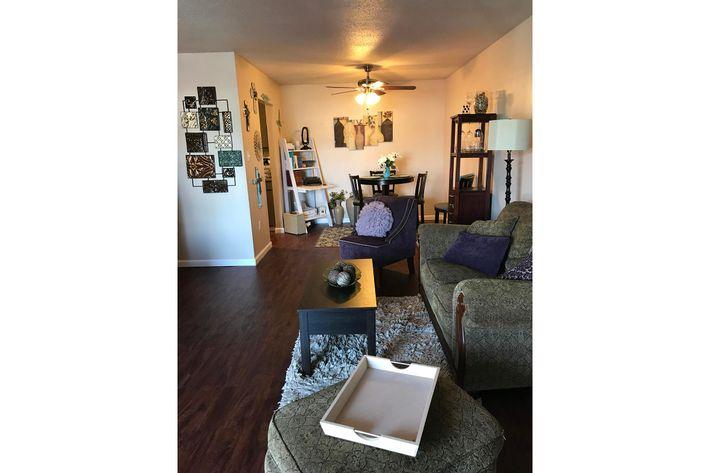 2x1 Livingroom 3.jpg