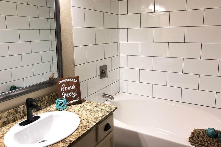 01As.bath.jpg