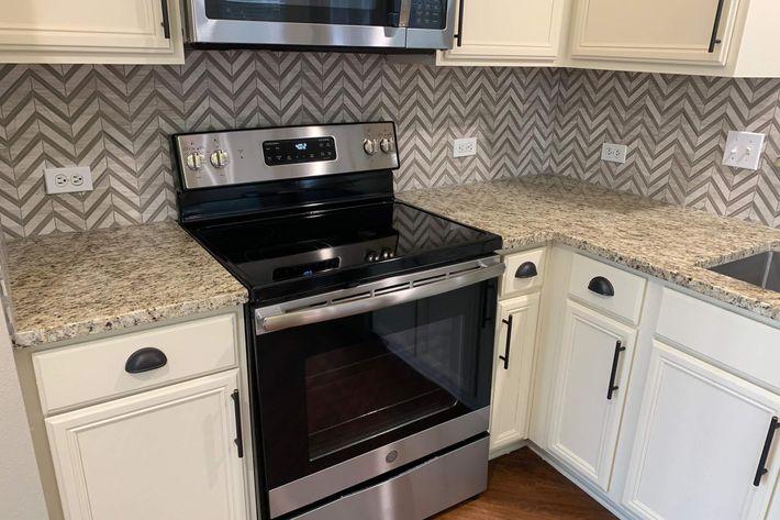 03B.kitchen2.jpg