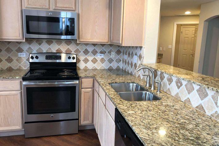 12A.kitchen.jpg