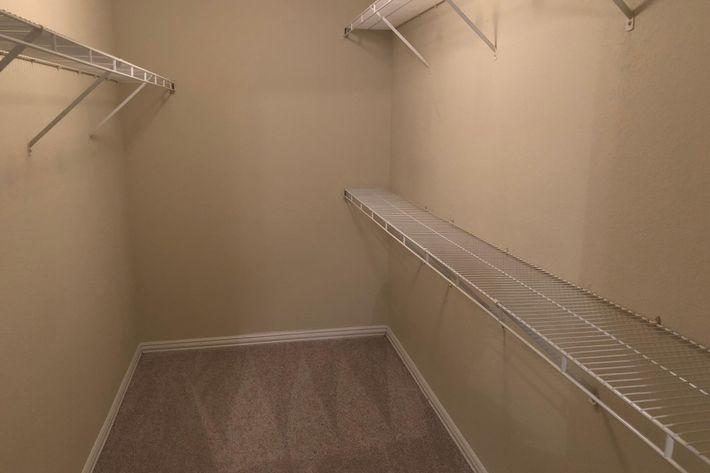 16A.closet.jpg