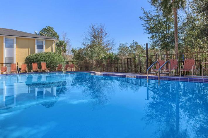 Catch some rays here at Riverview Apartments in Jacksonville, Florida