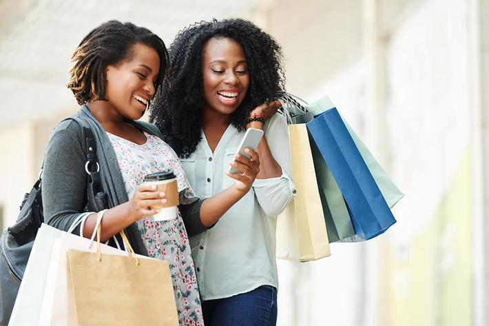 friends shopping.jpg