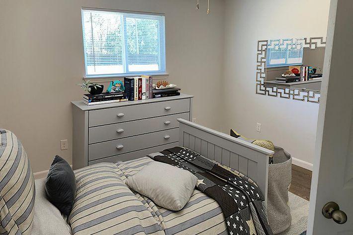 16125089983_bedroom1.jpg