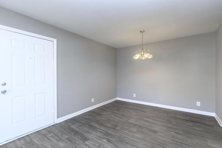 Dining area at Summertrees Apartments