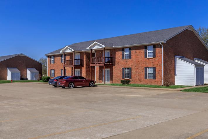 Ample parking at Summertrees Apartments