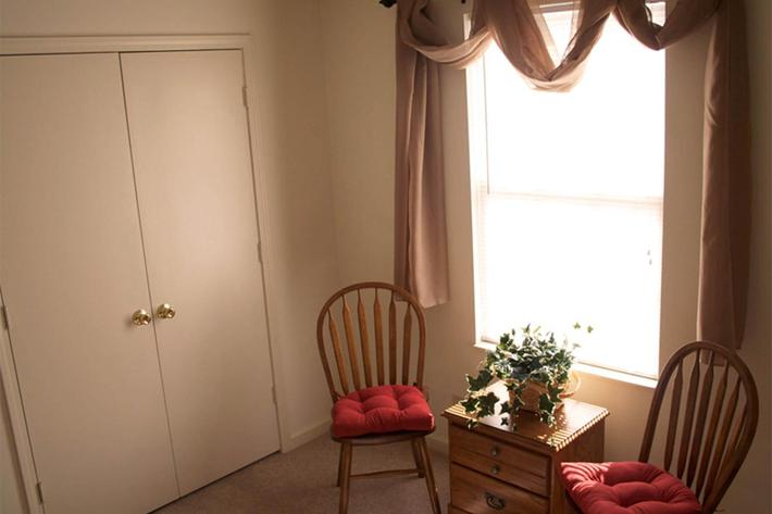 bedroom2-summertree-apt[1].jpg