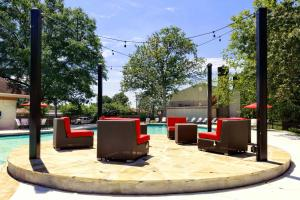 Pool 4-width-2400px.JPG