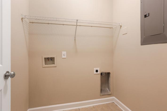 WASHER & DRYER CONNECTIONS
