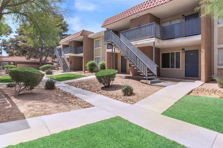 Welcome Home to Rancho Vista in Las Vegas, NV