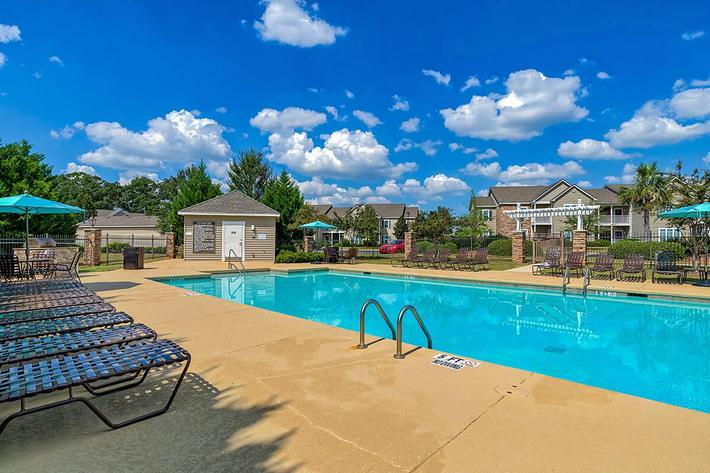 Pool_Amber-Place_6080-Lakeview-Road-Warner-Robins-GA_RPI_PJ04023_21.jpg
