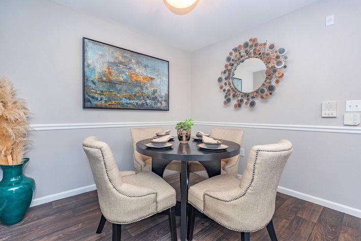 Dining Area at Grand Reserve Orange Apartments