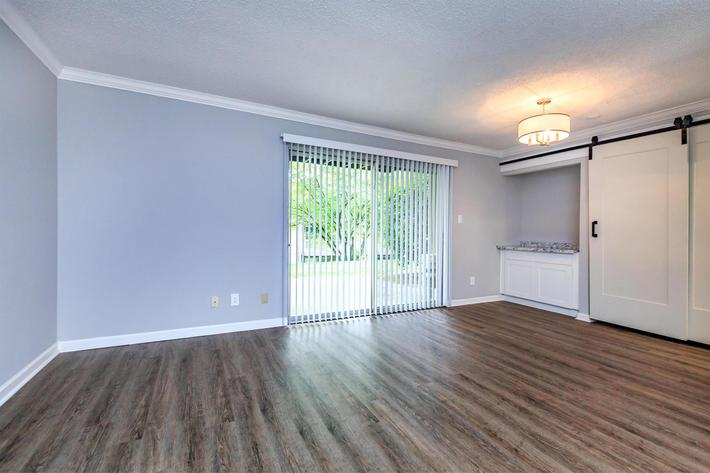 Attractive flooring at Kingston Pointe Apartments in Knoxville, Tennessee