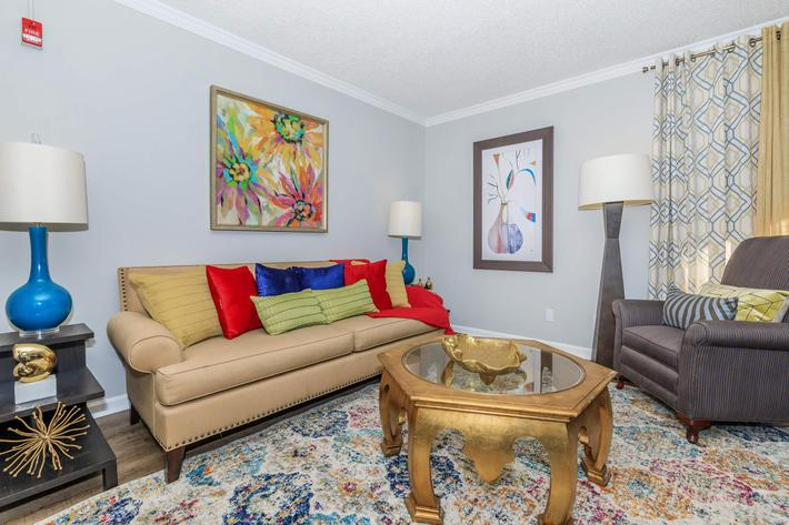 Two bedroom apartments in knoxville, TN