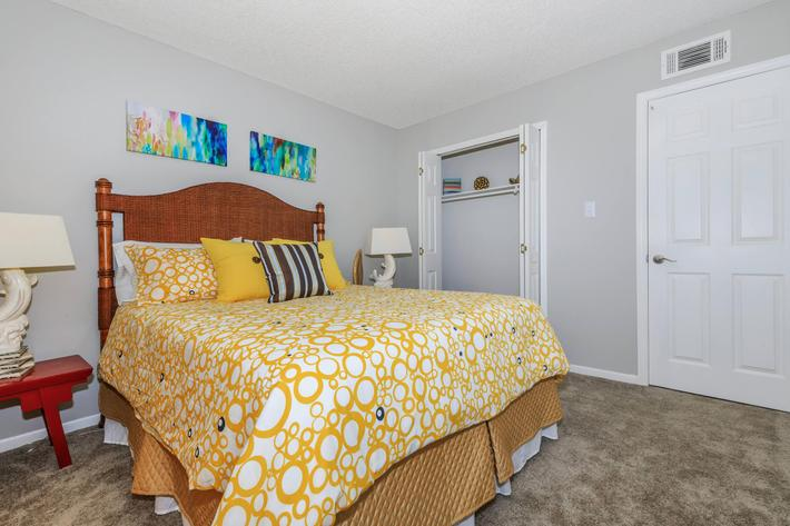 We have two bedroom apartments in Knoxvile, Tn