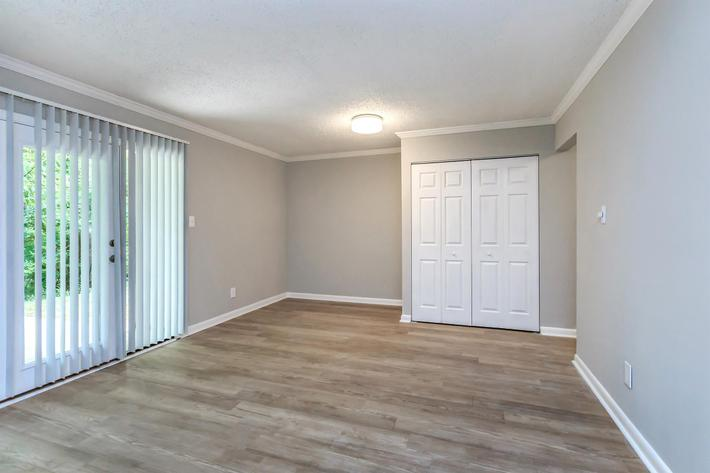 CUSTOM FLOORING AT APARTMENTS FOR RENT IN KNOXVILLE, TN