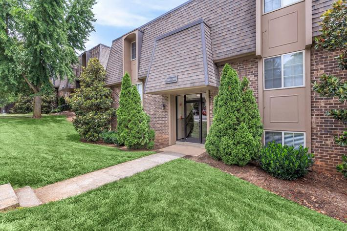 2 BEDROOM APARTMENT HOMES FOR RENT IN KNOXVILLE, TN