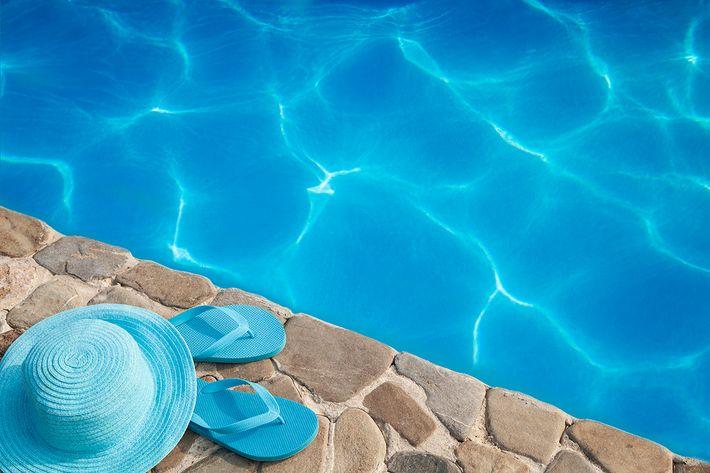 Saltwater Pool at Kingston Pointe Apartments