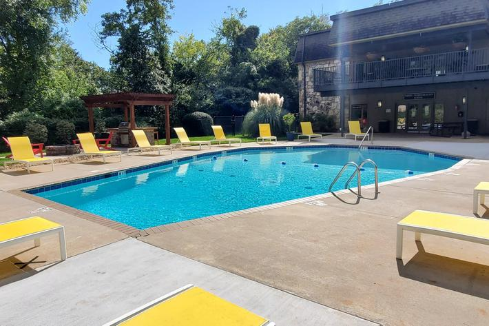 Sit beside the pool in Knoxville, Tn