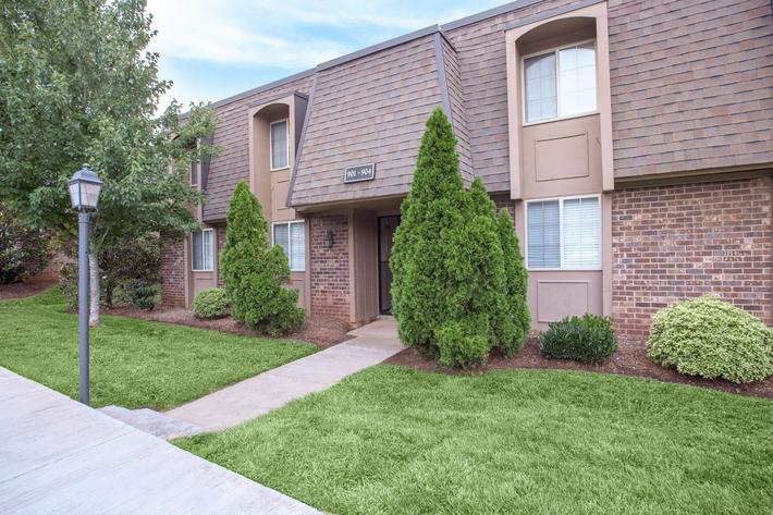 Take a nice stroll here at Kingston Pointe Apartments in Knoxville, Tennessee