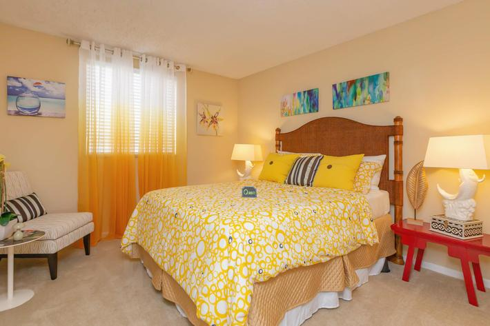 See Yourself at Home Here at Kingston Pointe Apartments in Knoxville, Tennessee
