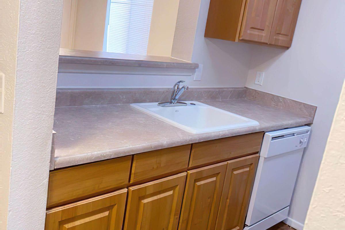 left kitchen-width-2400px.jpg