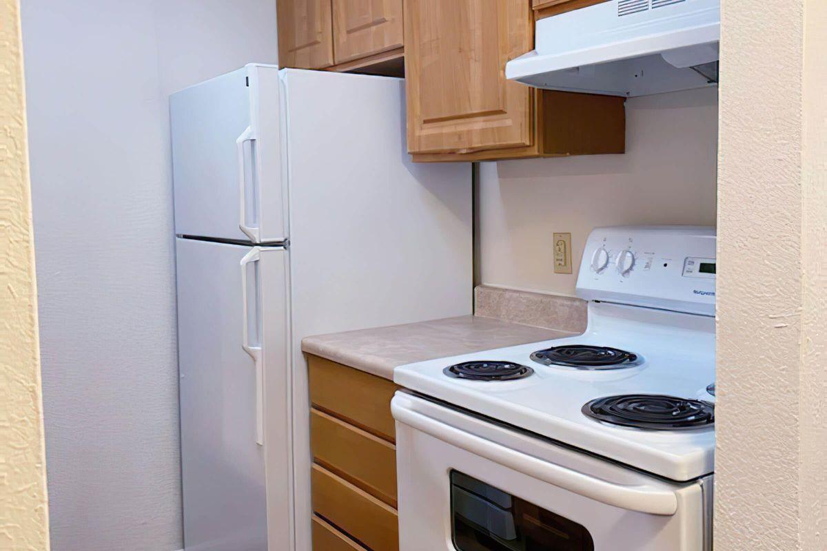 left kitchen2-width-2400px.jpg
