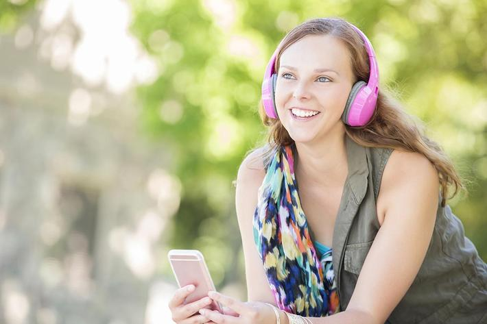 girl listening to music.jpg
