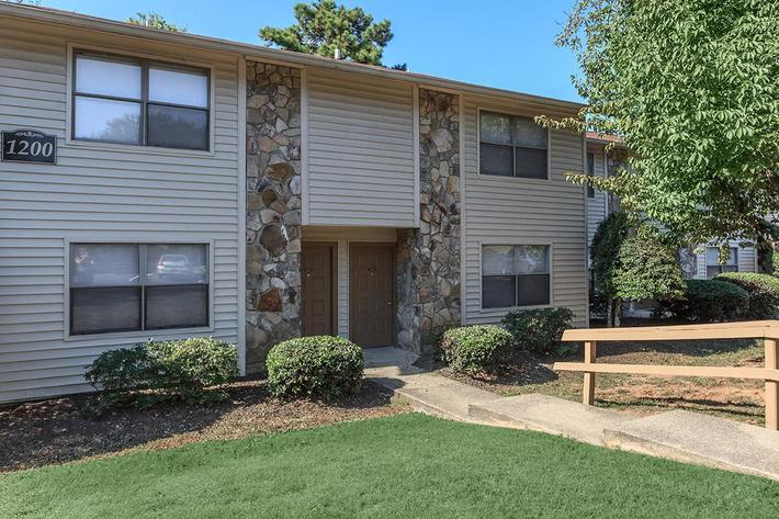 Great Apartment Home Living at Laurel Ridge Apartments