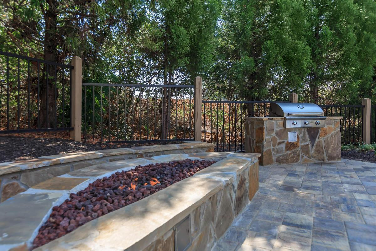 New Fire Pit and Gas Grills By The Pool