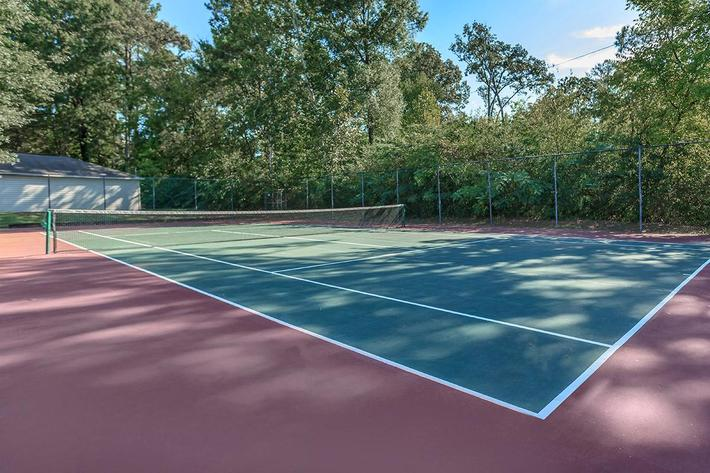 Enjoy The Tennis Court Here at Laurel Ridge Apartments in Chattanooga, TN