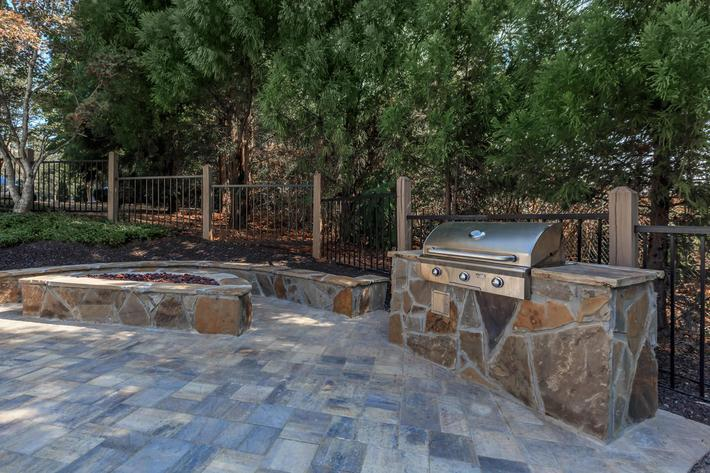 Have a Barbecue at Laurel Ridge Apartments in Chattanooga, Tennessee
