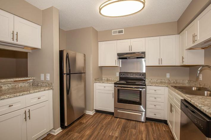 Stainless Steel Appliances Here at The Bradford Deluxe at Laurel Ridge Apartments in Chattanooga, Tennessee
