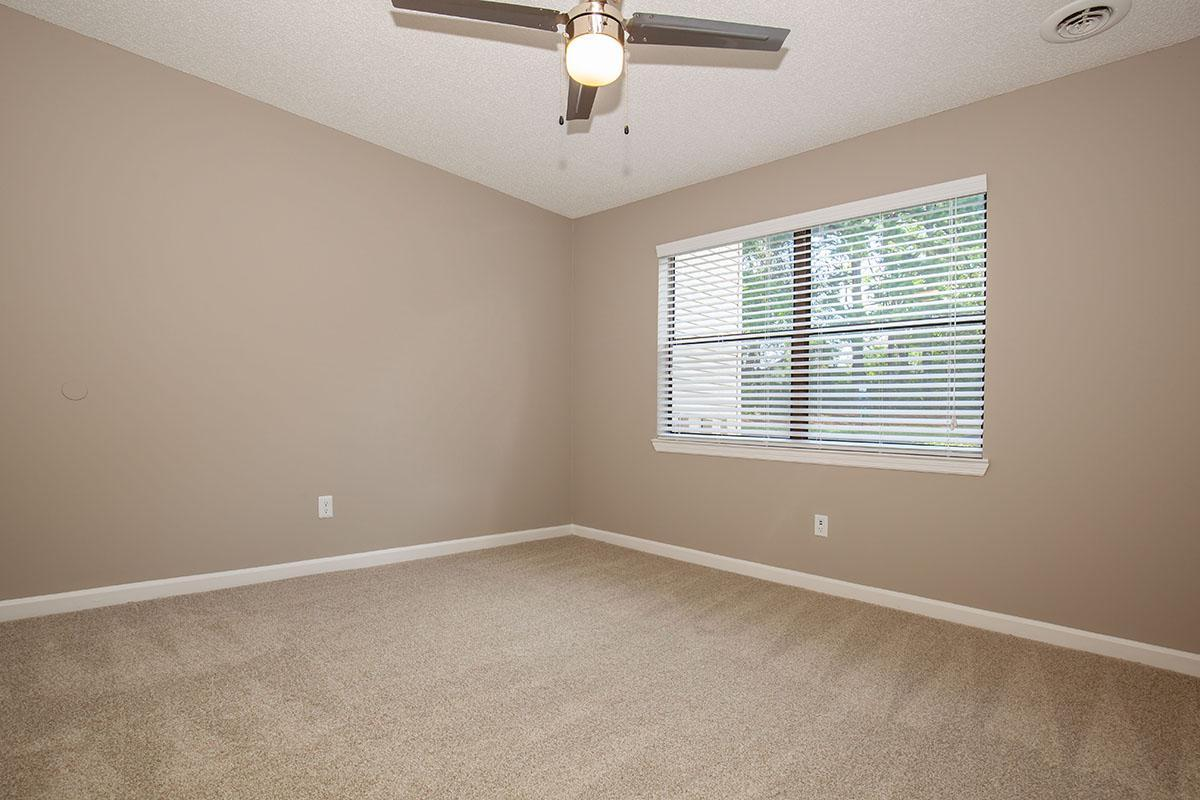 Plush Carpeting in Bedrooms at The Dogwood at Laurel Ridge Apartments in Chattanooga, TN