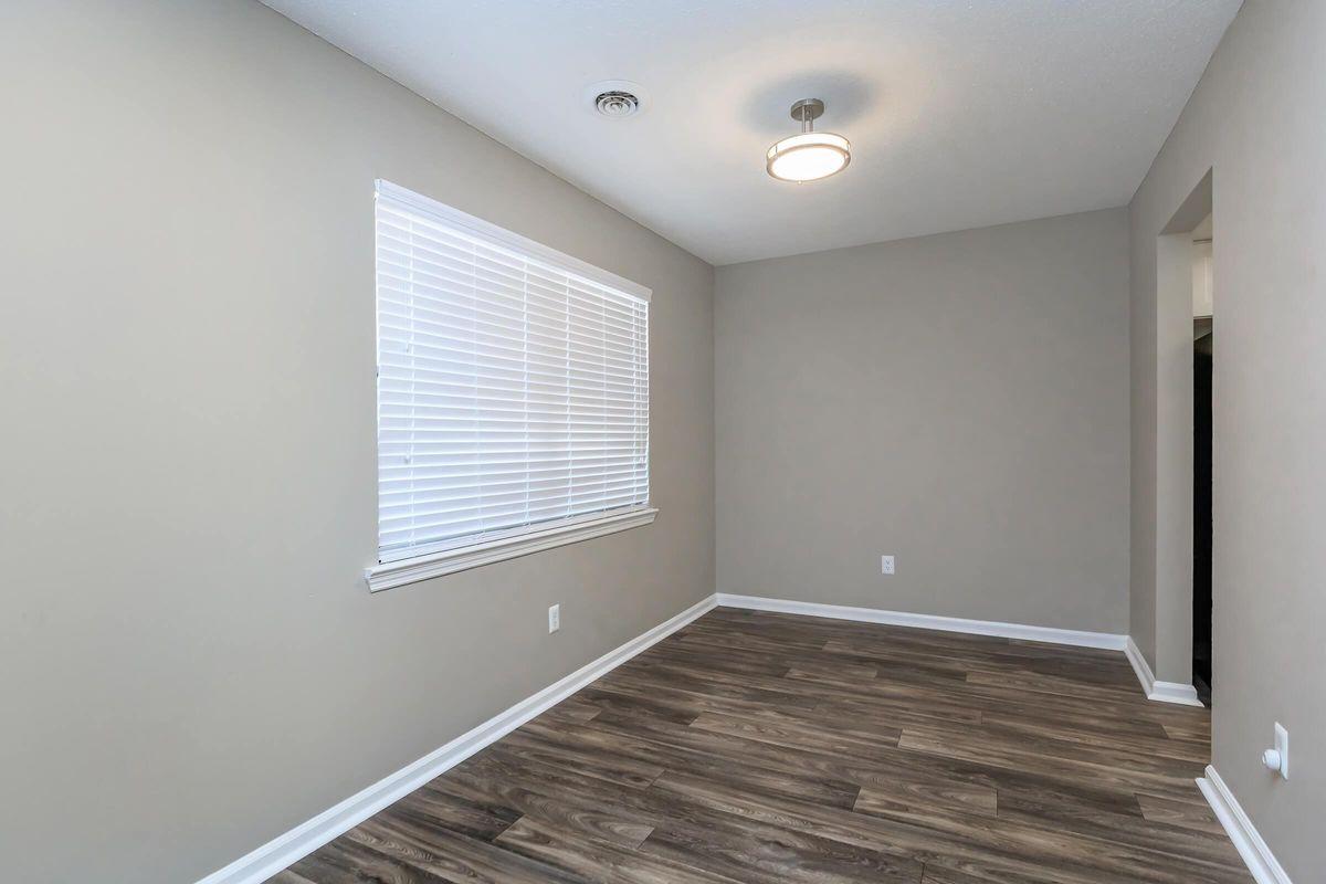 The Magnolia Dining Room at Laurel Ridge Apartments