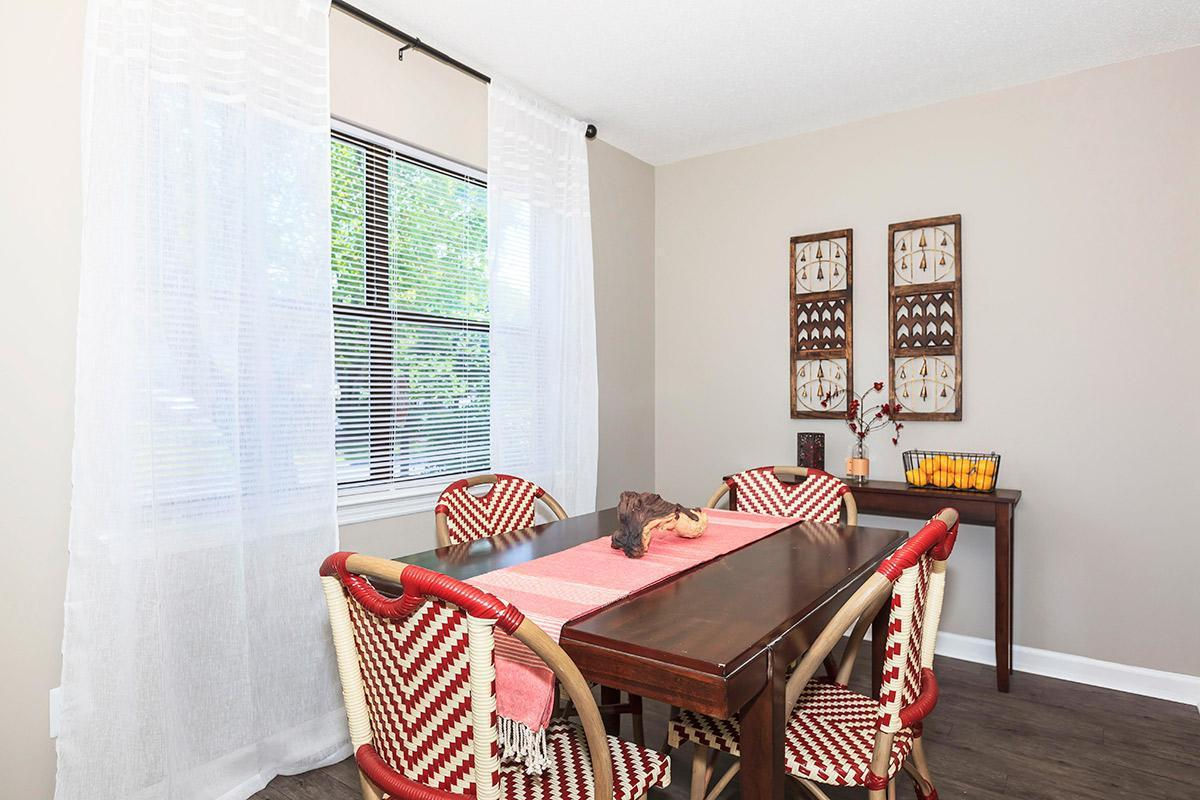 Lovely Dining Room in the Magnolia at Laurel Ridge Apartments