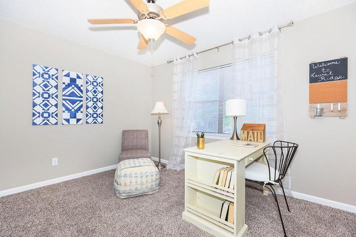 Lighted Ceiling Fans for Comfort at Laurel Ridge Apartments in Chattanooga