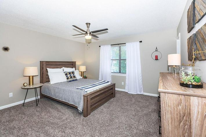 Spacious Two Bedroom Apartment at Laurel Ridge Apartments